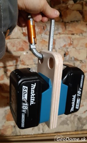 makita battery holder